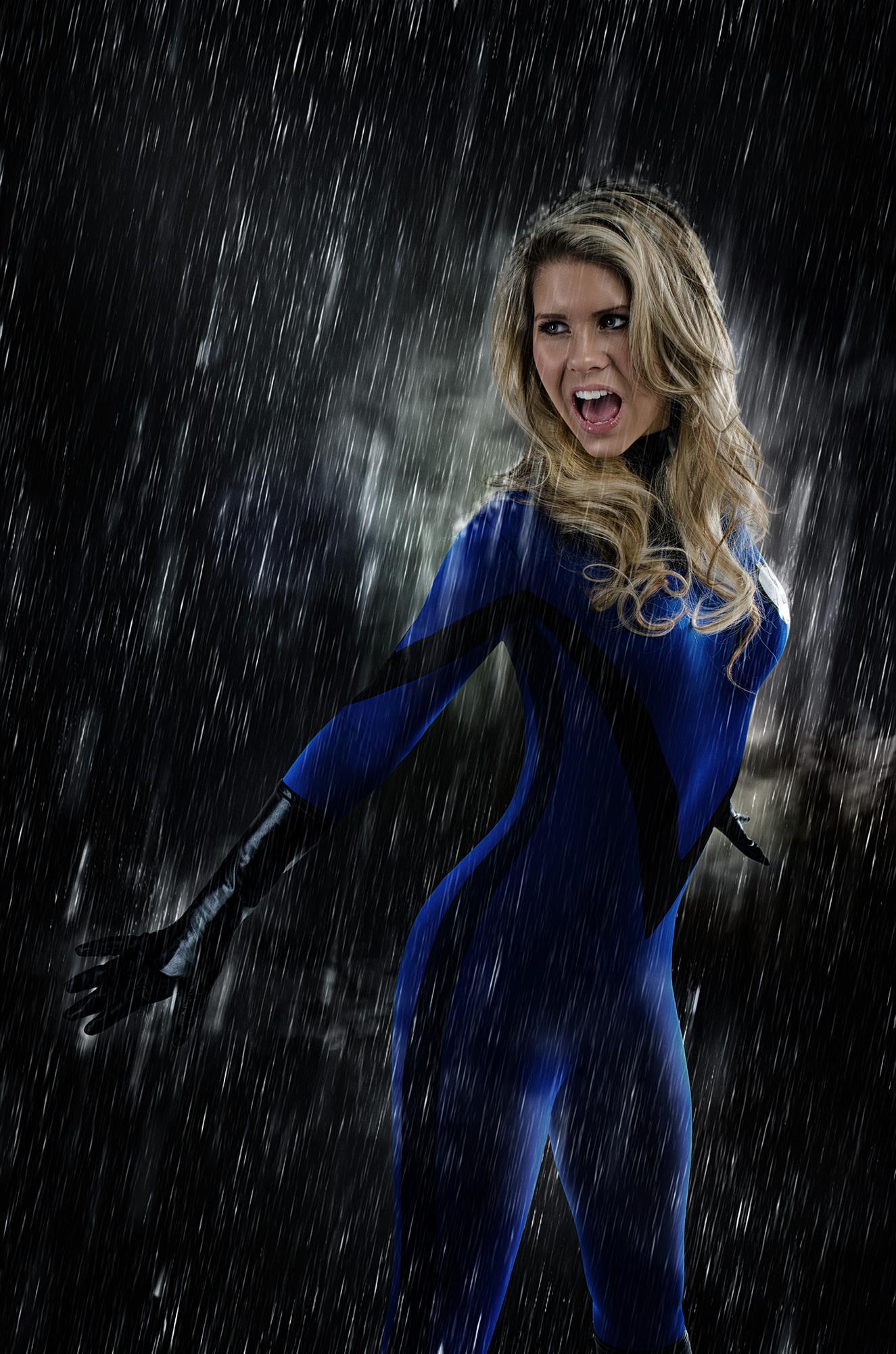 Sue Storm / Fantastic 4 cosplay