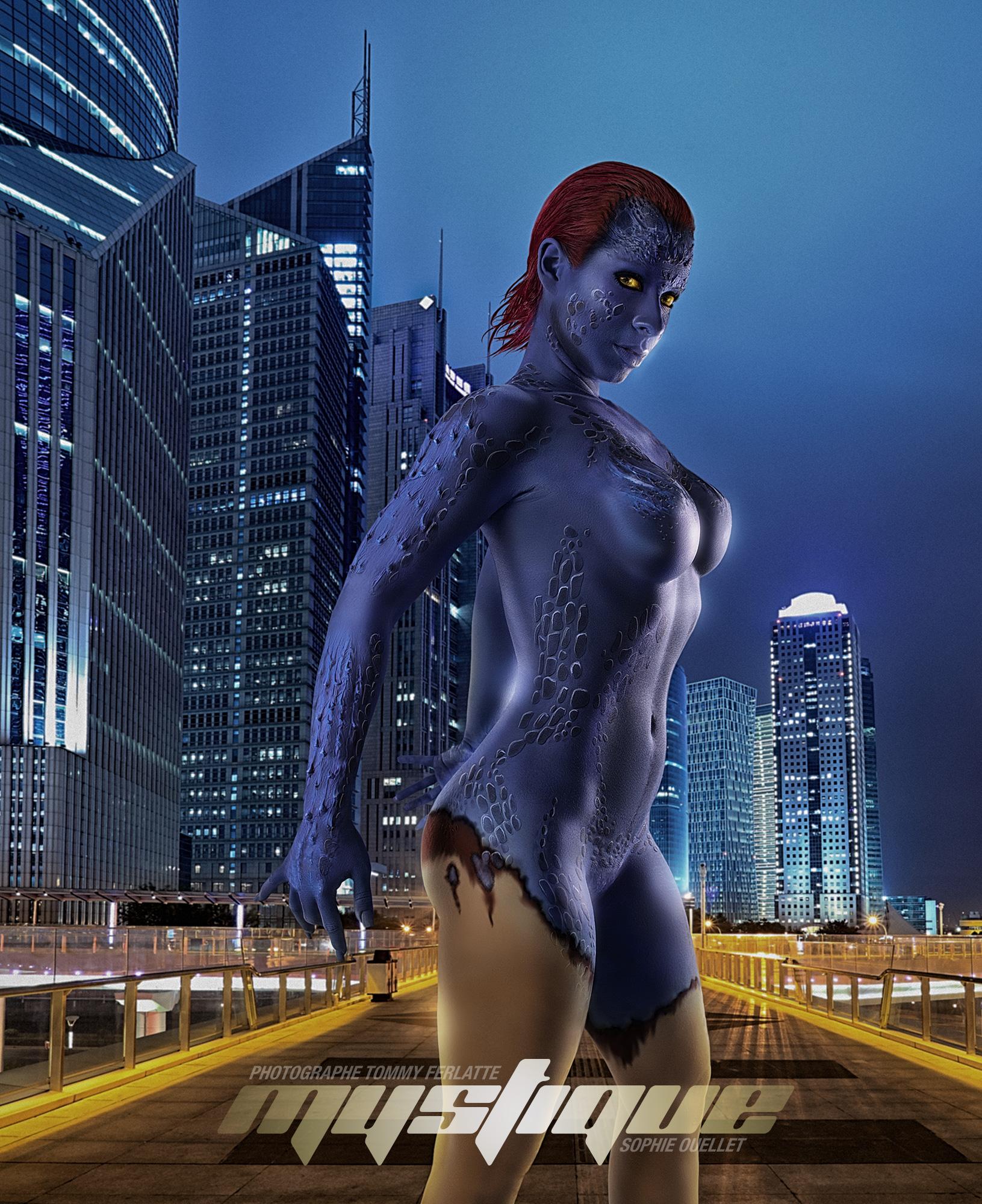 Mystique X-men cosplay bodypainting